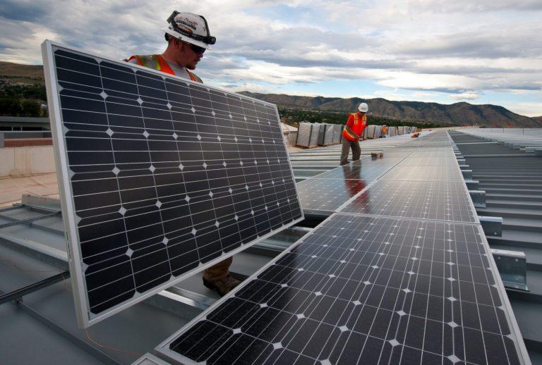 zonnepanlen leggen energie coöperatie